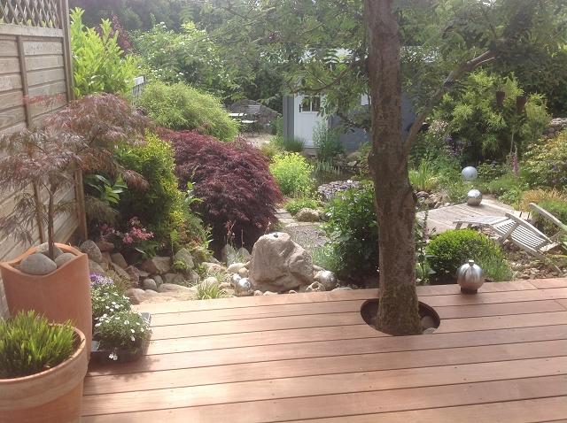 terrasse holzfliesen klick holzfliese eukalyptus f r. Black Bedroom Furniture Sets. Home Design Ideas